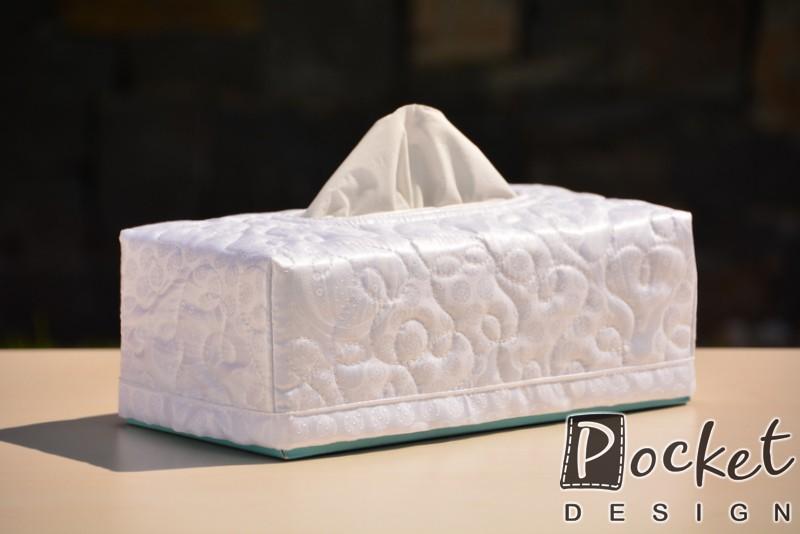 Box na kapesníky sněhově bílý