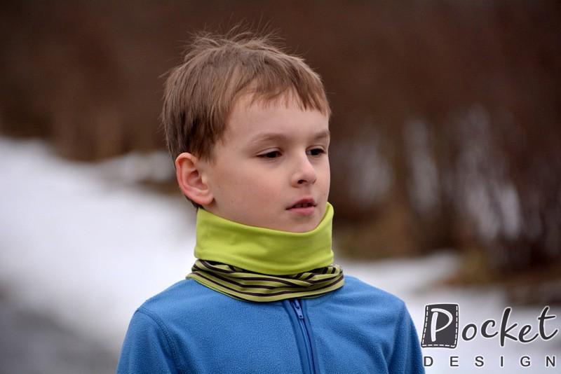 Nákrčník dětský ze silnějšího merina se zeleným proužkem