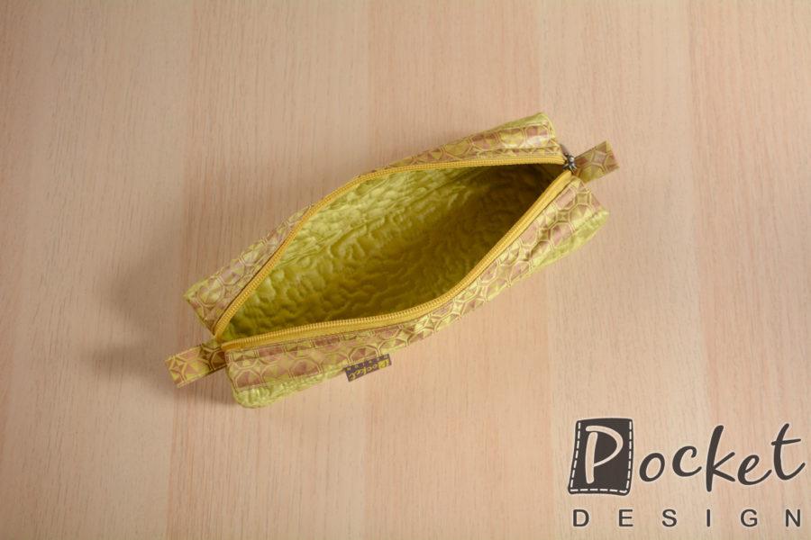 Toaletní taštička lehce olivová s hnědou