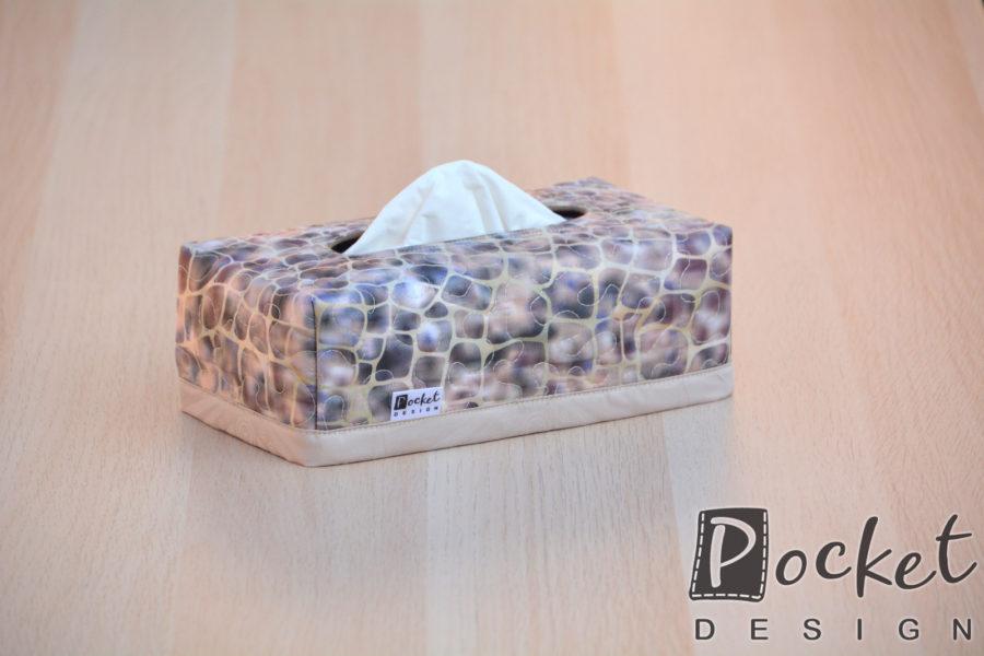 Box na kapesníky s nepravidelnou šachovnicí