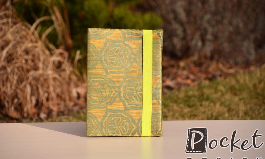 Obal na diář, knihu hnědý se zeleným vzorem