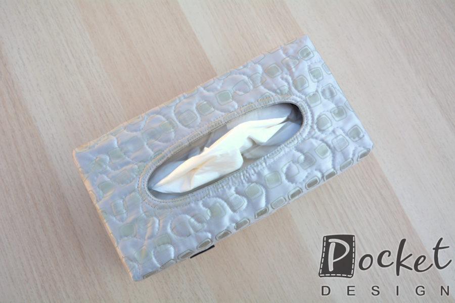 Box na kapesníky v šedavě stříbrné se vzorem