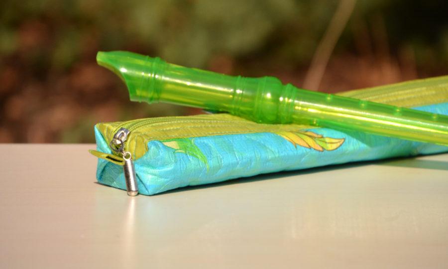 Obal, pouzdro na dětskou flétnu tyrkysové s limetkou
